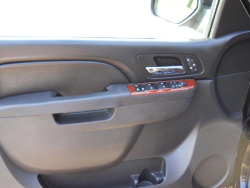 2014 Chevy Suburban LT