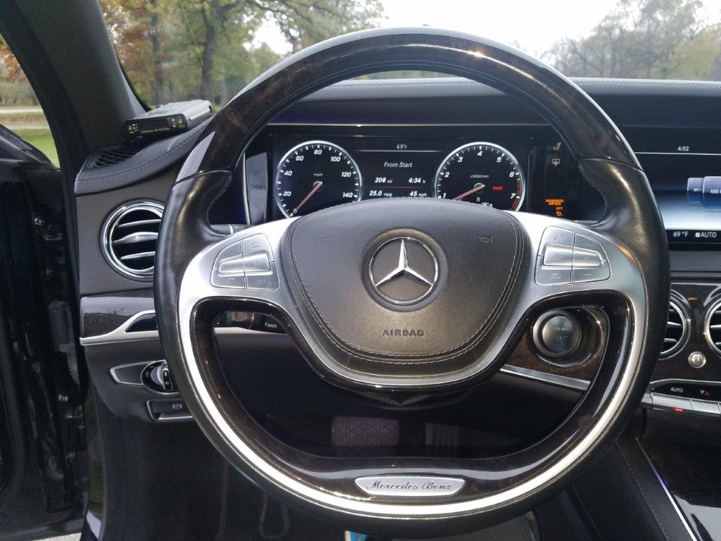 2016 Mercedes Benz S550 4Matic 4-door sedan